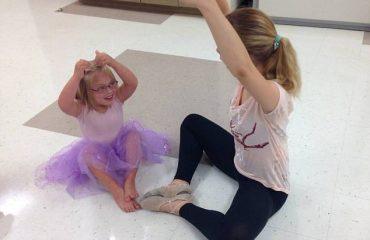 Down Sendromlu Çocuklar İçin Açılan Dans Kursu