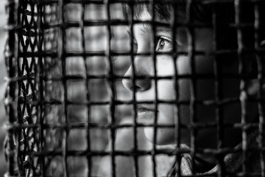 Otizmli Bir Çocuk İle Aramızdaki Engeller