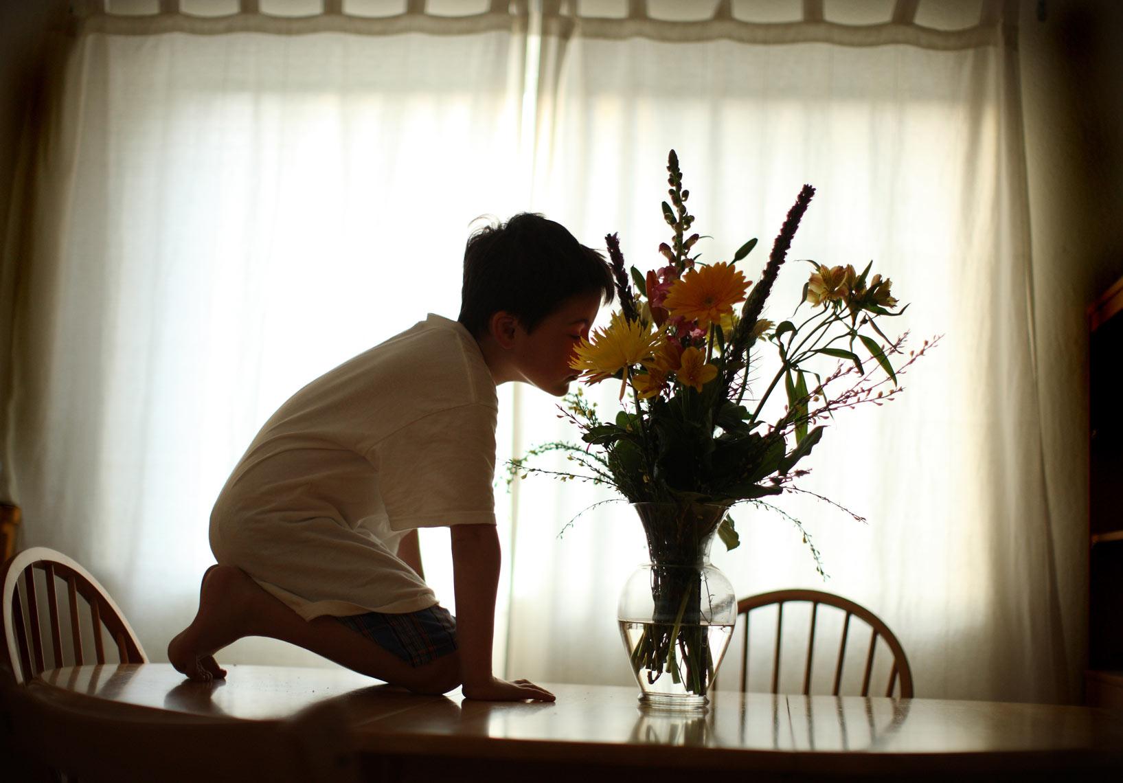 Otizmli Çocuğun Babası Tarafından Belgelenen Kendine Özgü Alışkanlıkları, İLK EVİN - Özel Eğitim ve Rehabilitasyon Merkezi