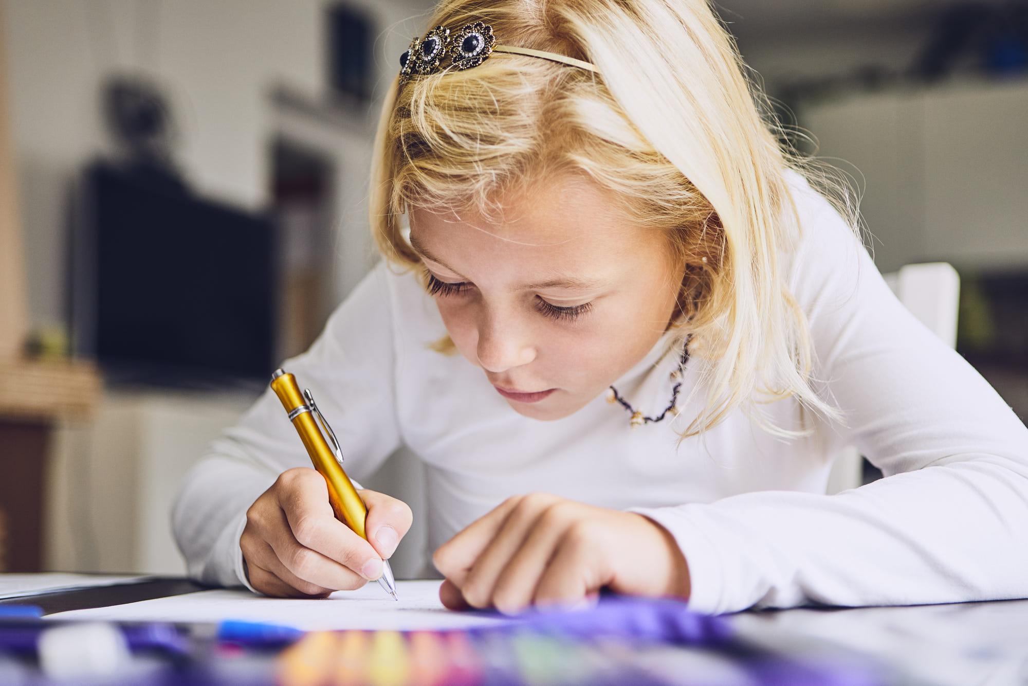 İnce motor becerileri, el yazısı ve yazı yazma… Bunların arasındaki ilişki nedir?, İLK EVİN - Özel Eğitim ve Rehabilitasyon Merkezi