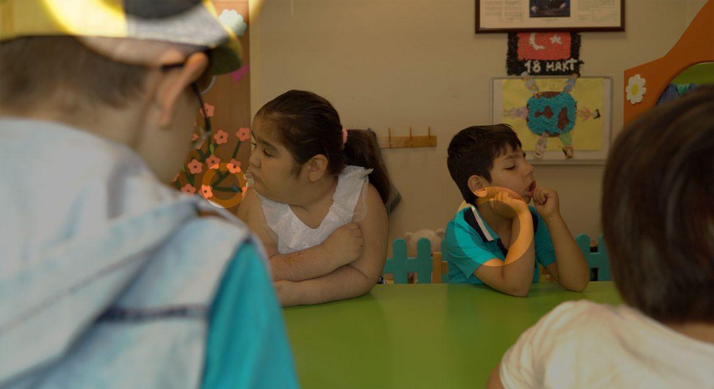 Çocuklar Neden Okula Gitmek İstemez: Evrimsel Bir Açıklama