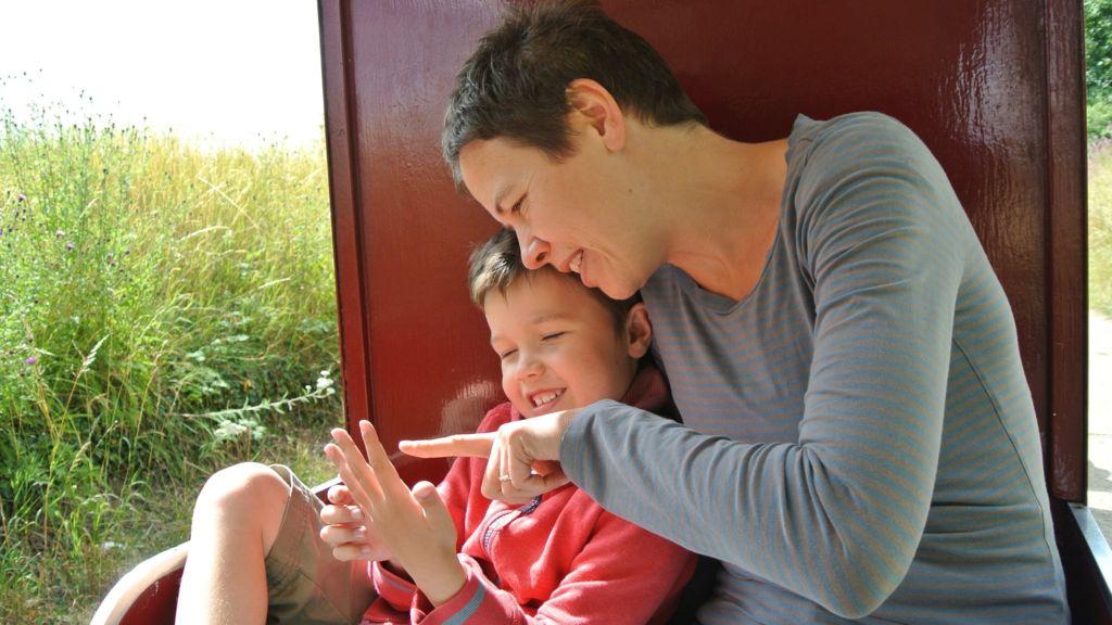 """""""Süper Ebeveynlik"""" Otizmli Çocukları Geliştiriyor, İLK EVİN - Özel Eğitim ve Rehabilitasyon Merkezi"""